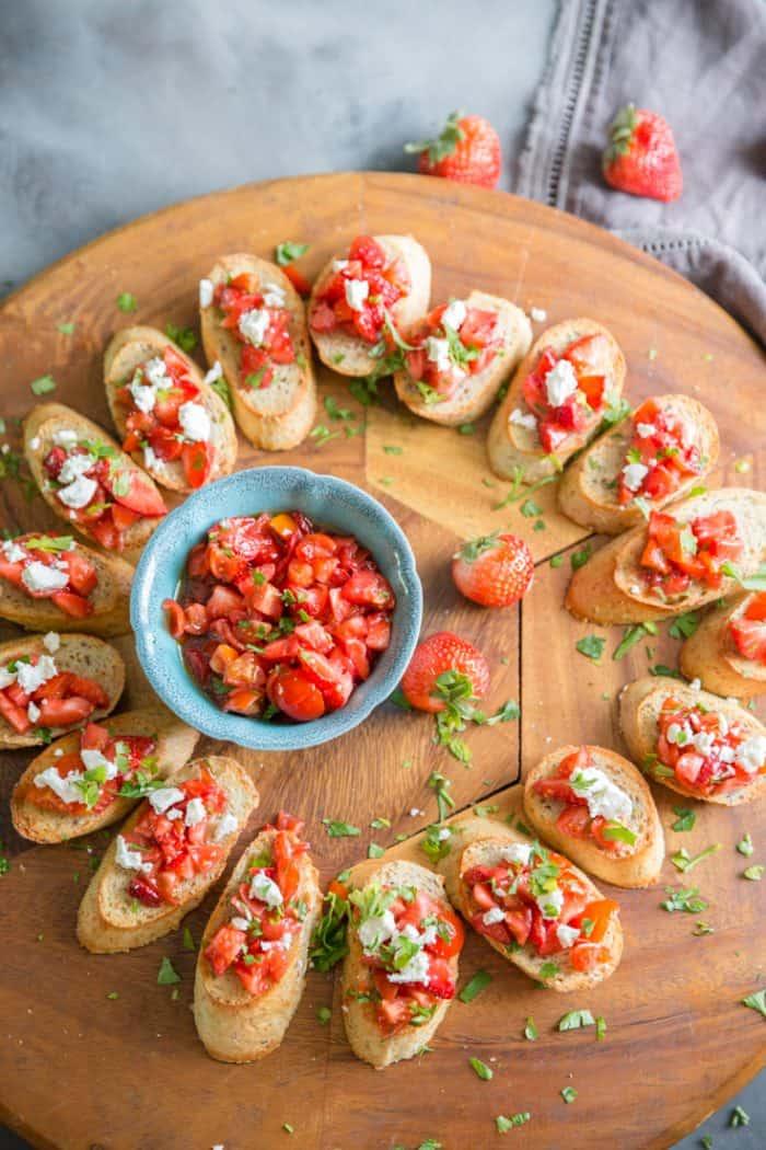 Strawberry bruschetta recipe on a tray