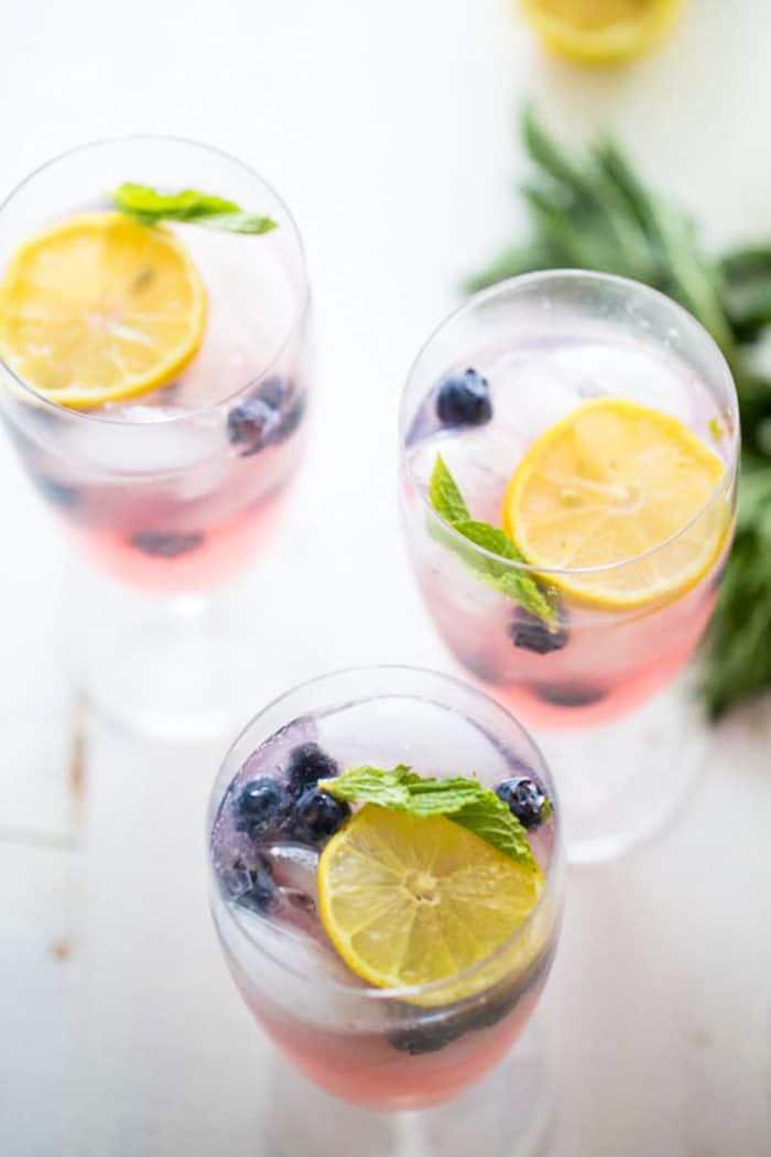 vodka lemonade three glasses