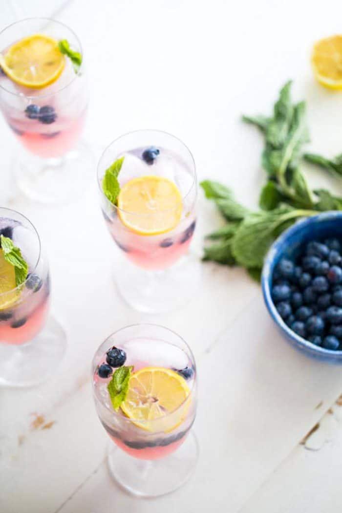 vodka lemonade with blueberries on the side
