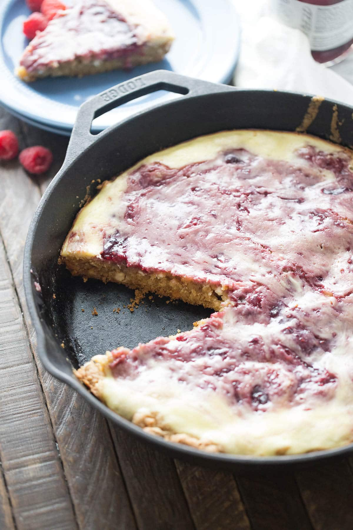 This raspberry amaretto cheesecake blondie is simple to prepare! Plus, between the blondie and the creamy cheesecake layer this is like two desserts in one!