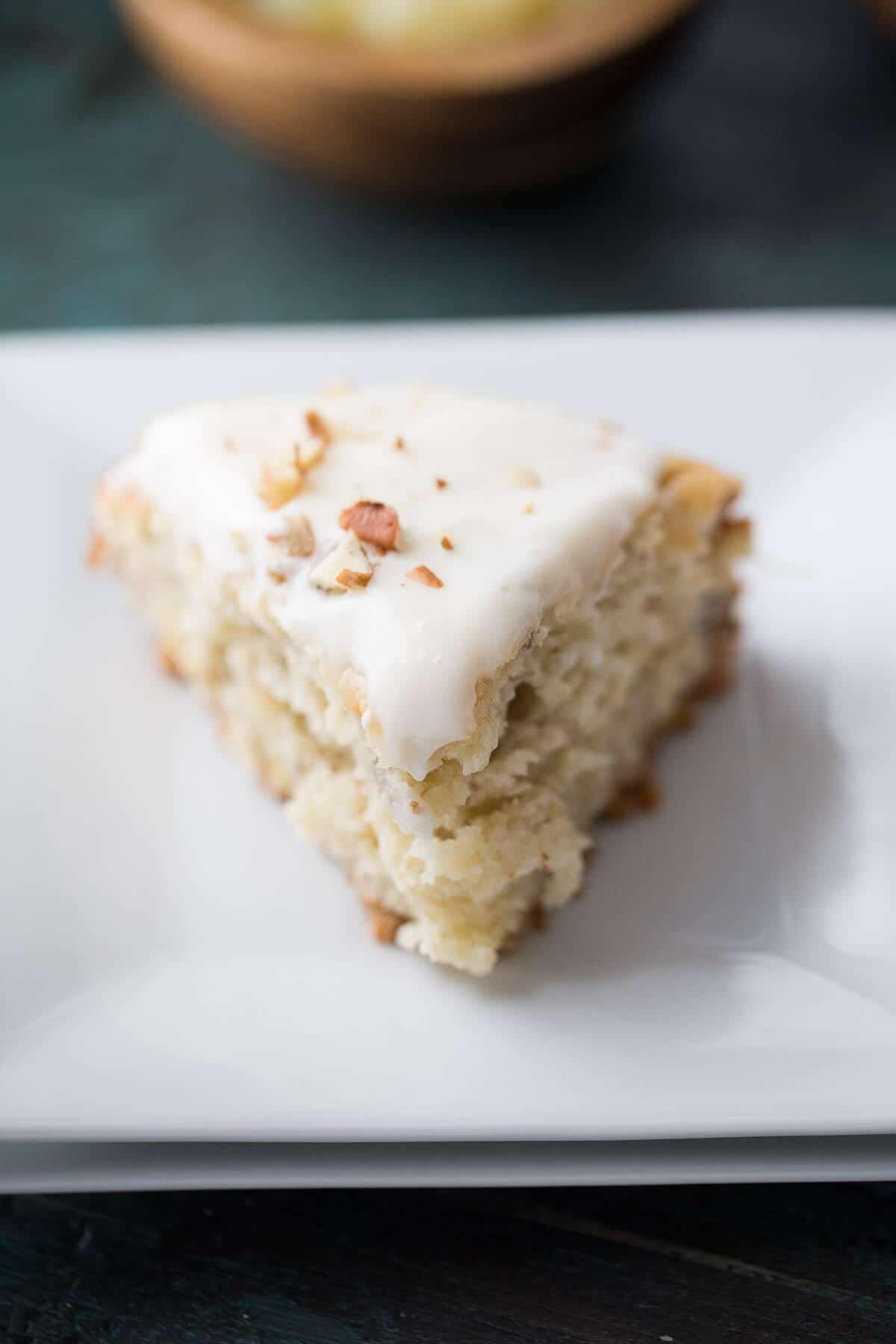 A simple coffee cake that imitates the classic hummingbird cake recipe!