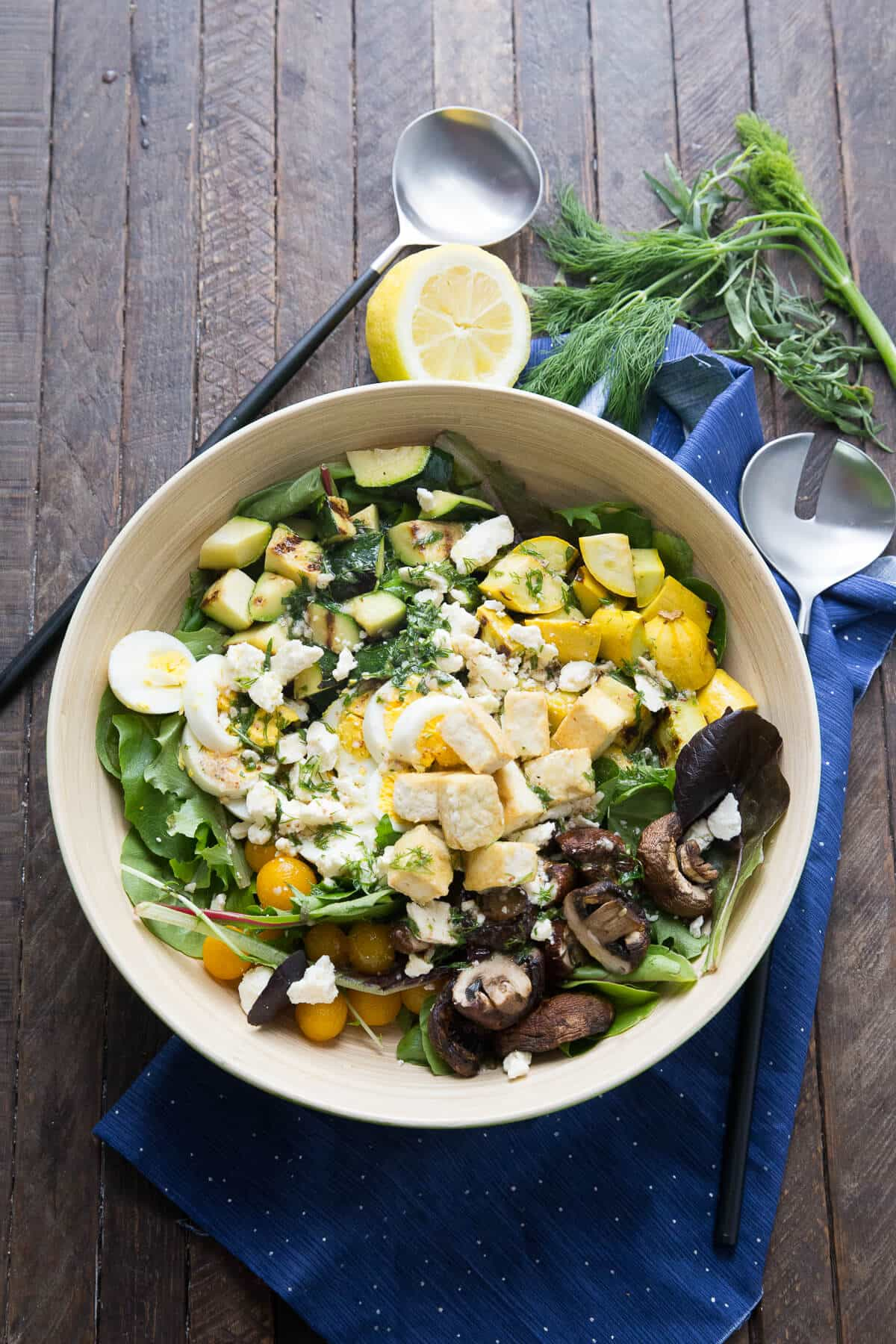 Love Cobb salads? You have to try this lean veggie-packed version for a change! I bet you will love it!