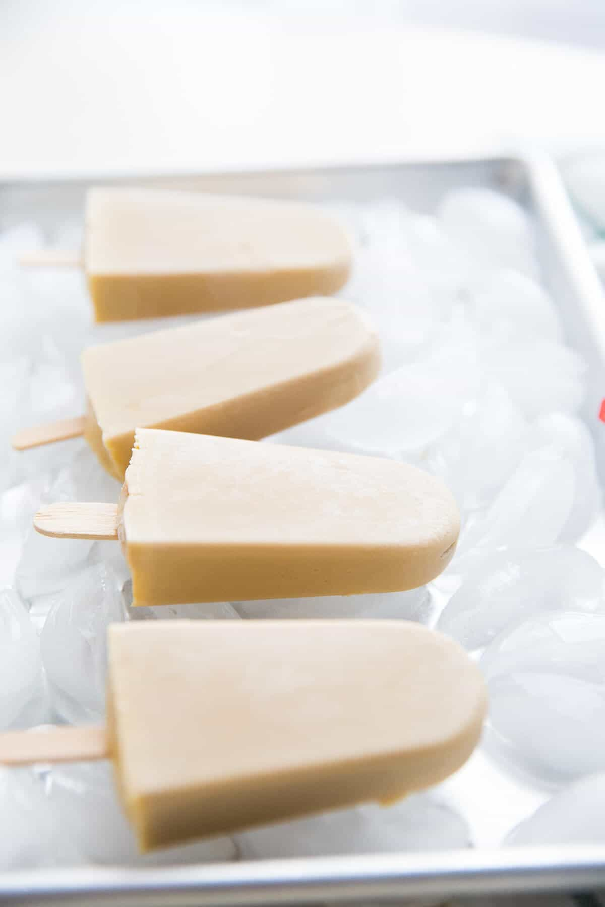 These Dirty Chai popsicles are ultra creamy and delicious! The perfect pick me up!