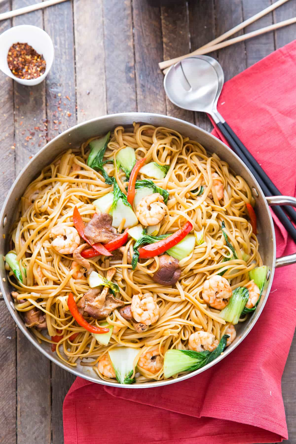 Shrimp Lo Mein is a dish that combines ease and flavor! Saucy noodles, vegetables, and shrimp make take out a thing of the past!