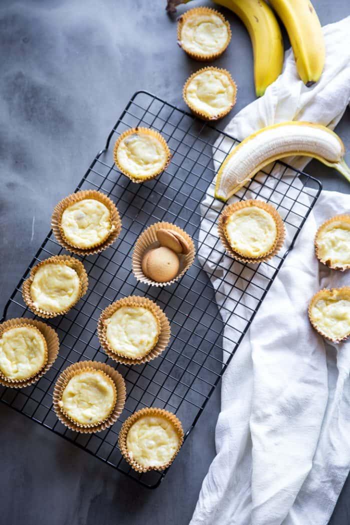 Banana Cheesecakes with bananas