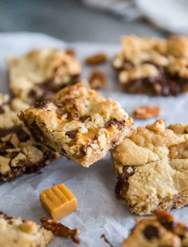 chocolate chip cookie bars several bars