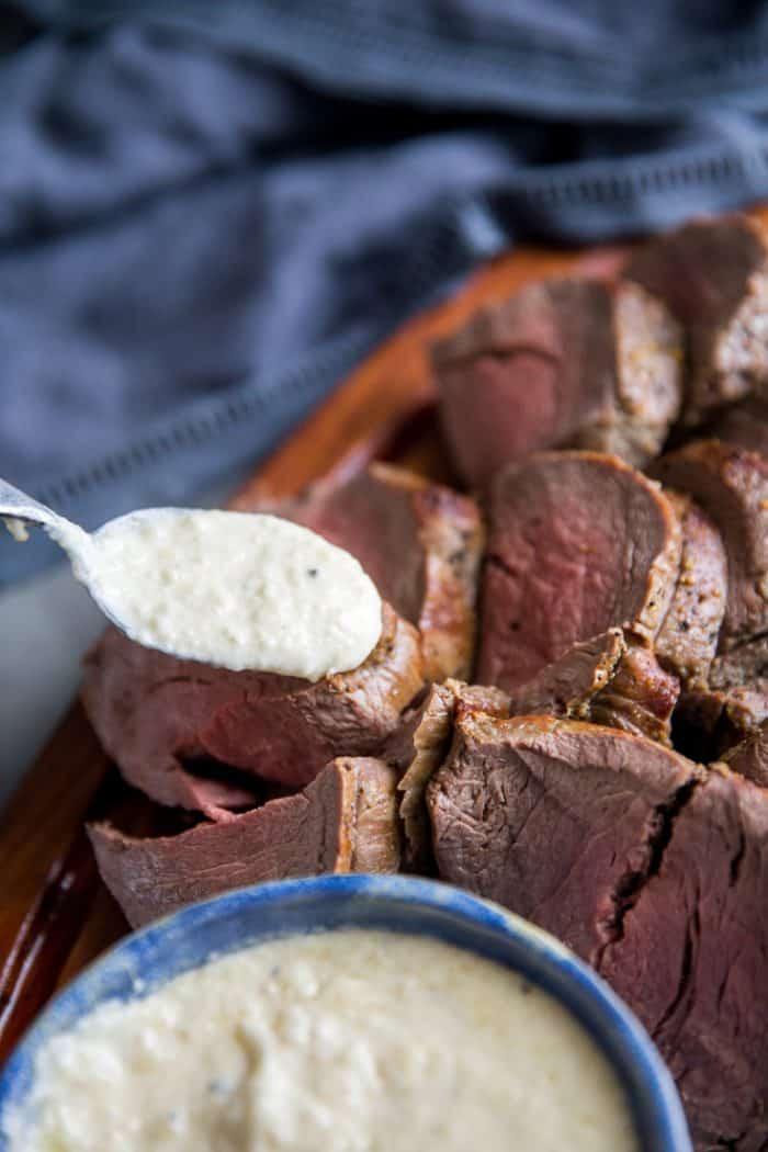 how to cook beef tenderloin with sauce