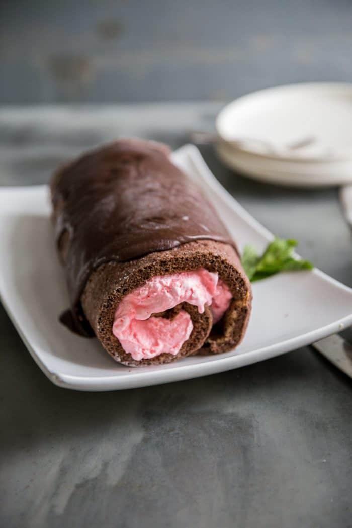 whole ice cream cake roll