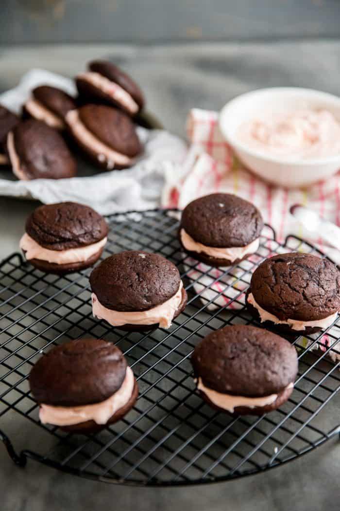chocolate whoopie pie recipe in a cooking rack