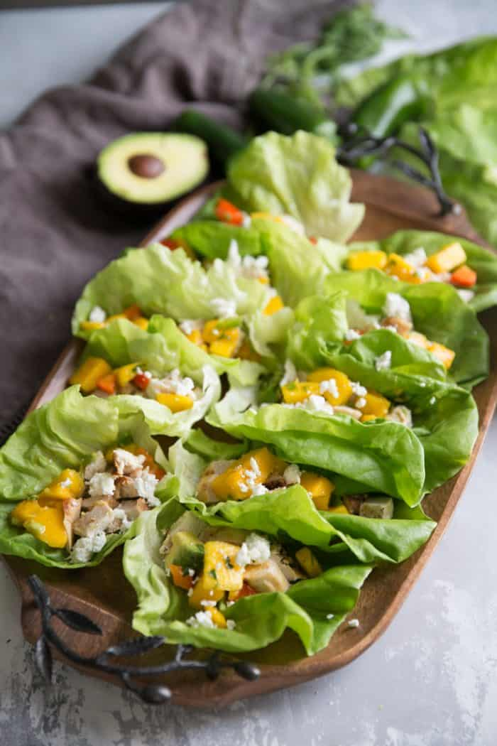 chicken wraps with avocados and mangos