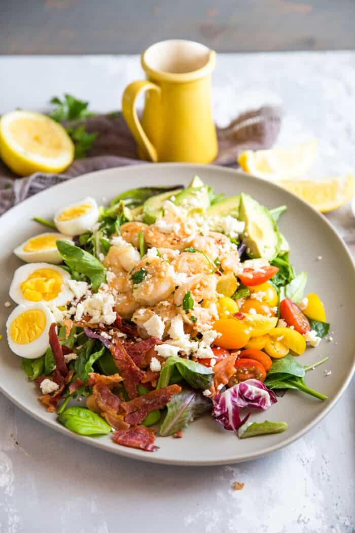 cobb salad with shrimp