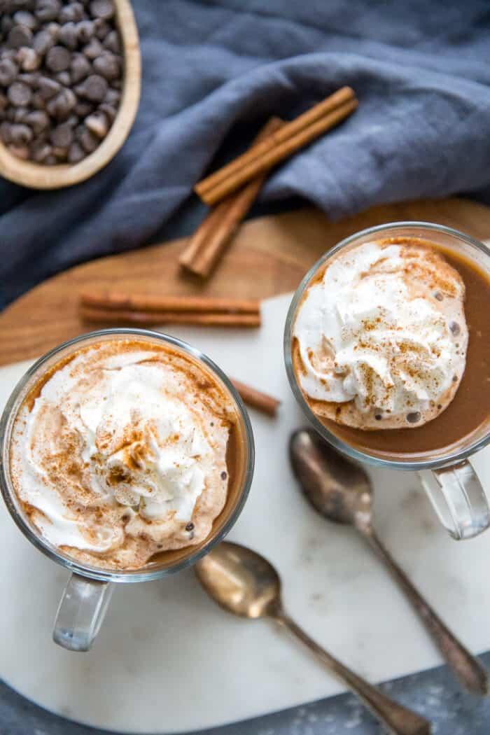 two mugs chai latte