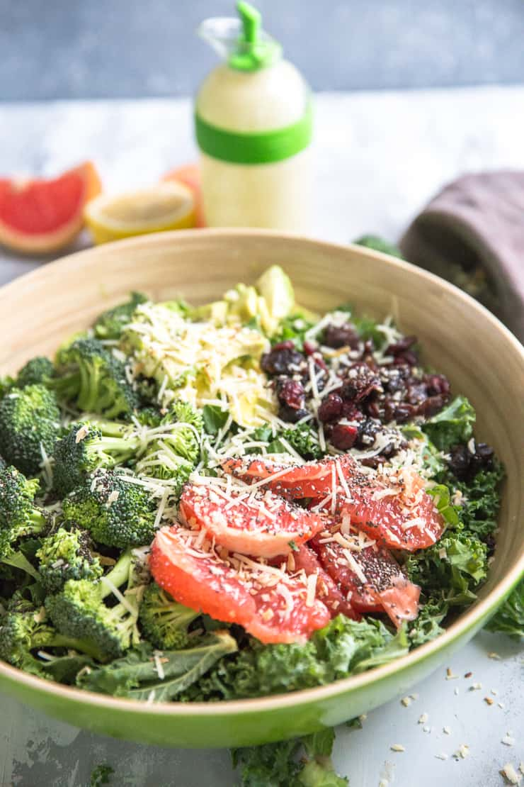detox salad with dressing on the side