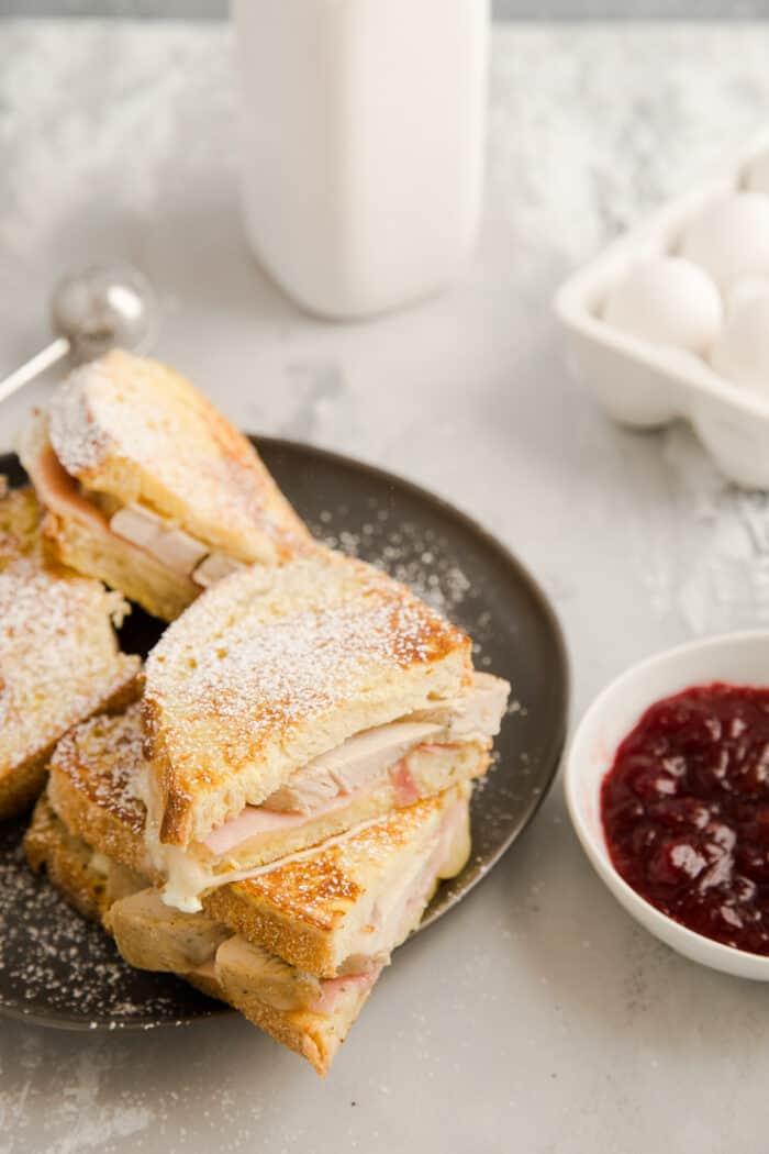 4 Monte Cristo sandwiches on a plate