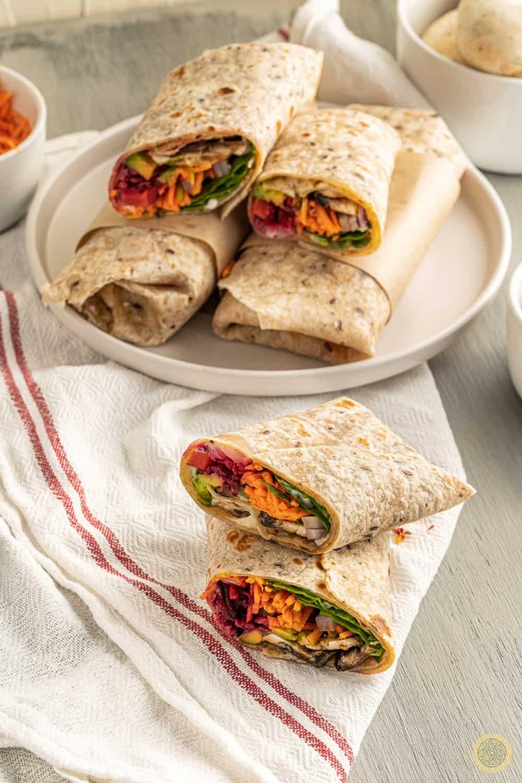 How to serve raw vegan wraps