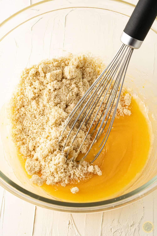 almond flour and the coconut flour
