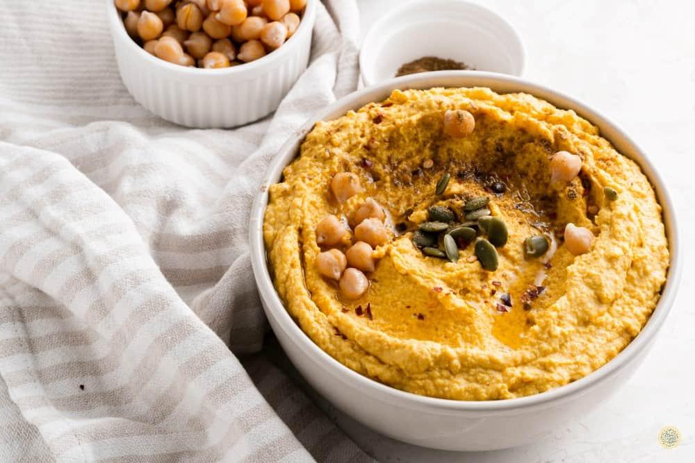 How to Make Roasted Pumpkin Hummus