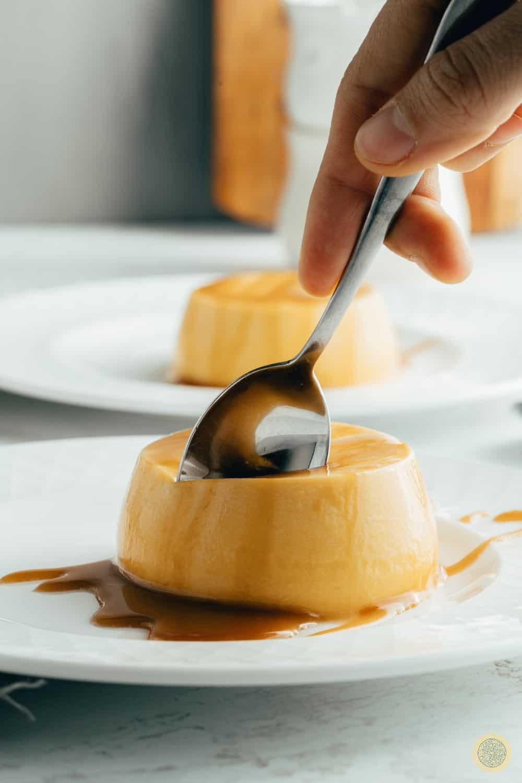 Caramel fall dessert